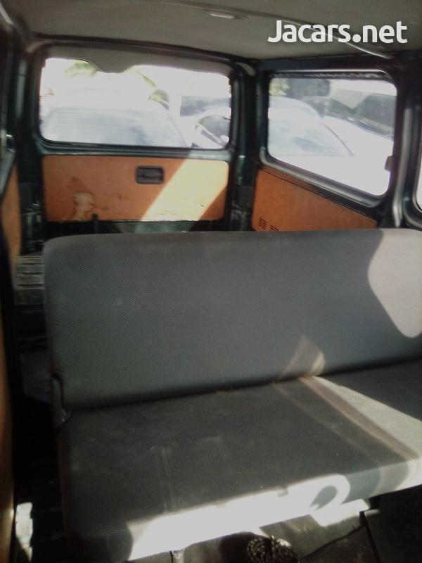 2011 Toyota Hiace Bus-6