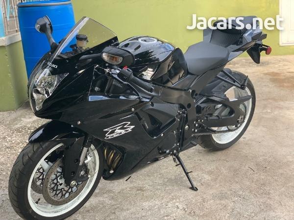 2019 suzuki gsxr Bike-4