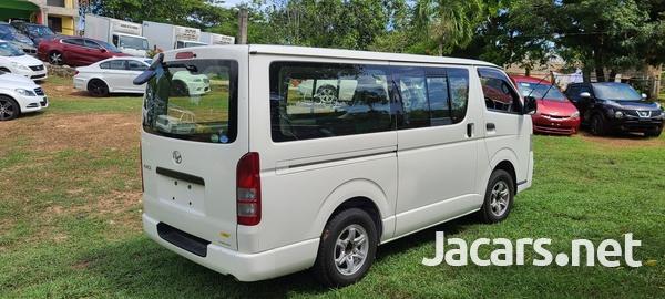 2014 Toyota Hiace Bus-1
