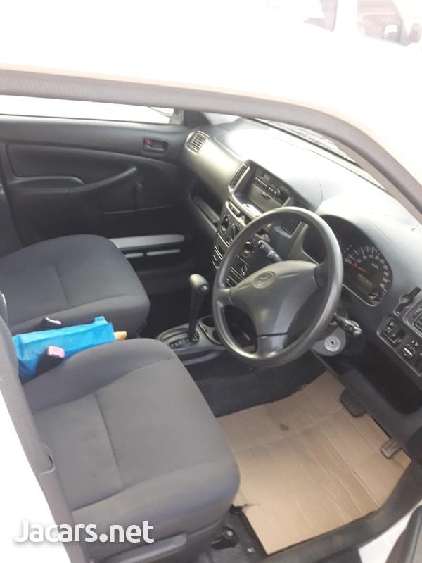Toyota Probox 1,9L 2014-5