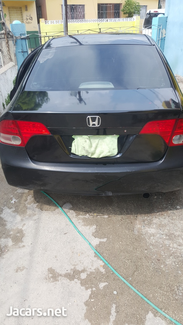 Honda Civic 1,8L 2007-5