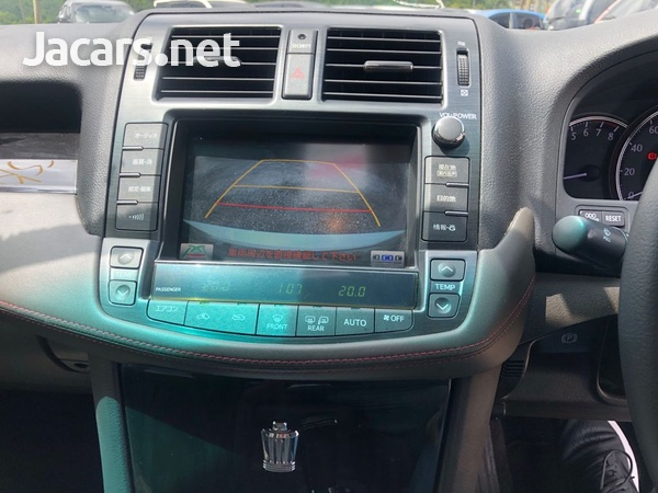Toyota Crown 2,5L 2012-10