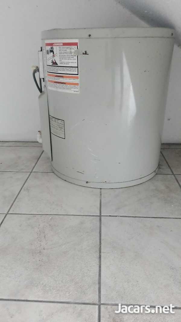 30G wATER HEATER USED-3