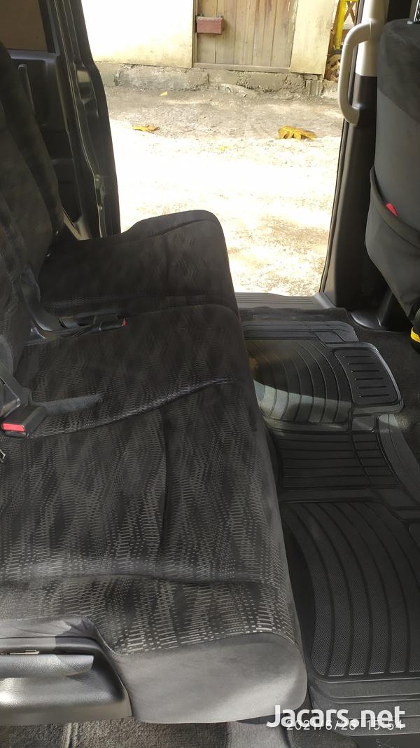Honda Step wagon 2,0L 2013-4