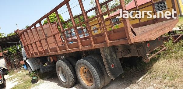 Leyland Trucks-4