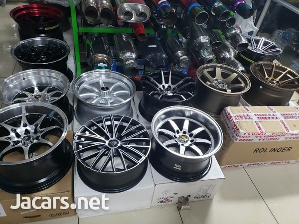 Rims, Diffuser, lugs, steering cover, back up camera, touchscreen radio, etc-14