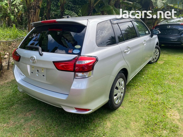 Toyota Fielder 1,5L 2016-2