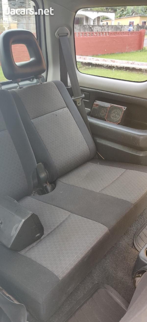 Suzuki Jimny 1,3L 2006-5