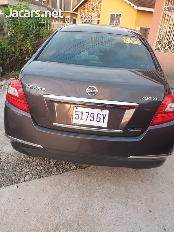 Nissan Teana 2,4L 2010-3
