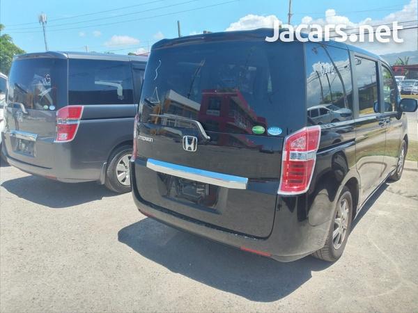 Honda Stepwgn 2,0L 2012-2