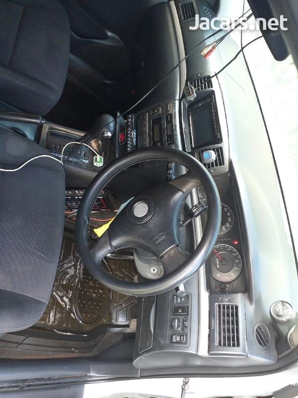 Toyota Fielder 1,8L 2004-4