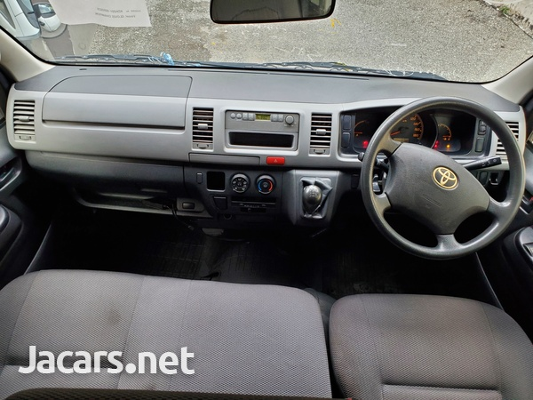 Toyota Hiace Bus 2,9L 2011-11