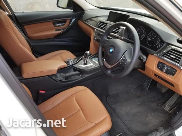 BMW 3-Series 3,0L 2015-8