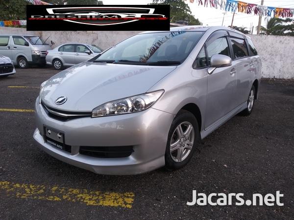 Toyota Wish 1,8L 2015-4
