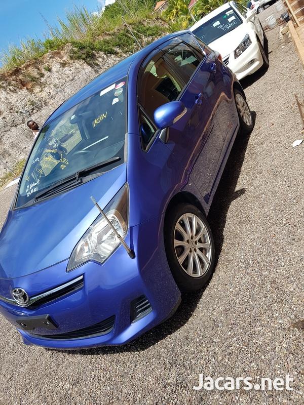 Toyota Ractis 1,5L 2012-5
