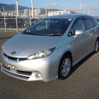 Toyota Wish 1,8L 2011