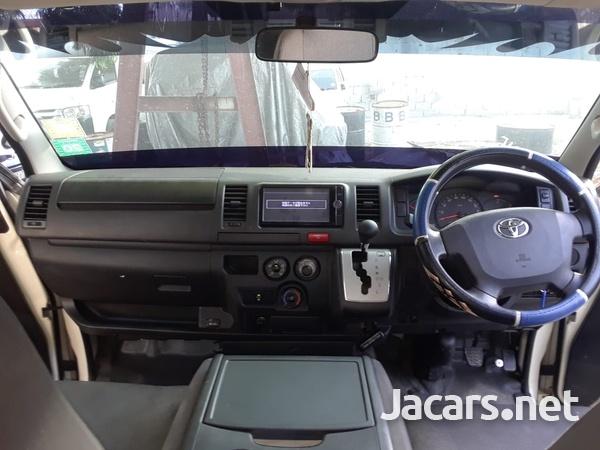 Toyota Regius 3,0L 2015-2