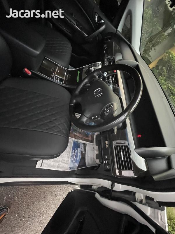 Honda Elysion 3,5L 2013-4