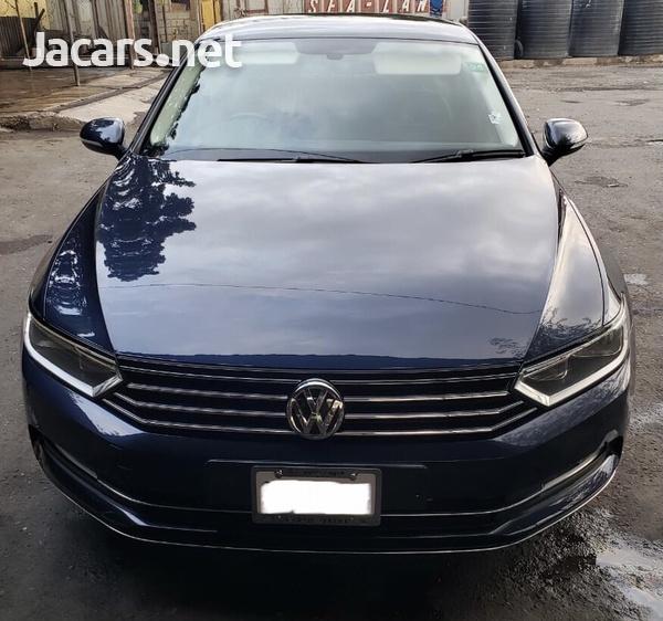 Volkswagen Passat 2,0L 2016-1