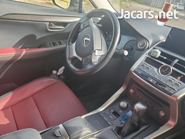 Lexus NX 2,0L 2018-3