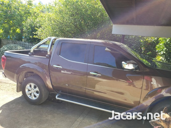 Nissan Frontier 2,5L 2020-6