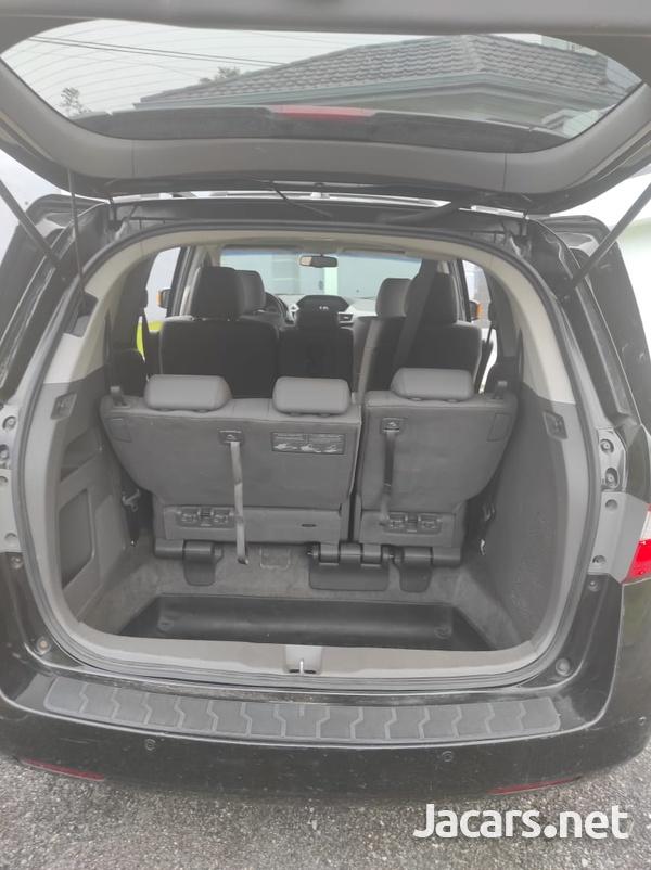 Honda Odyssey 3,6L 2011-8