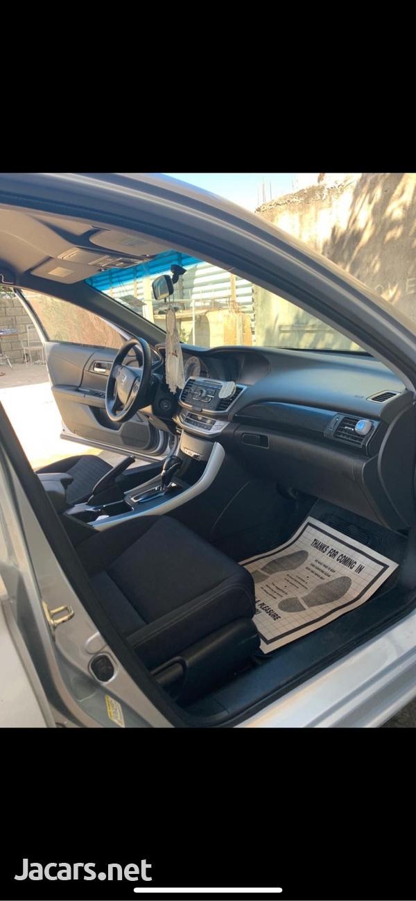 Honda Accord 2,4L 2013-2