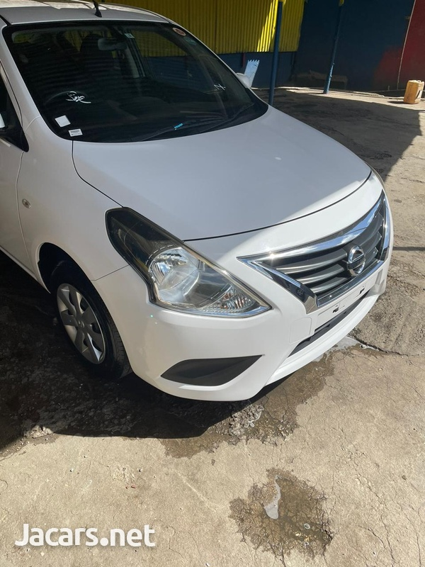 Nissan Latio 1,2L 2017-1