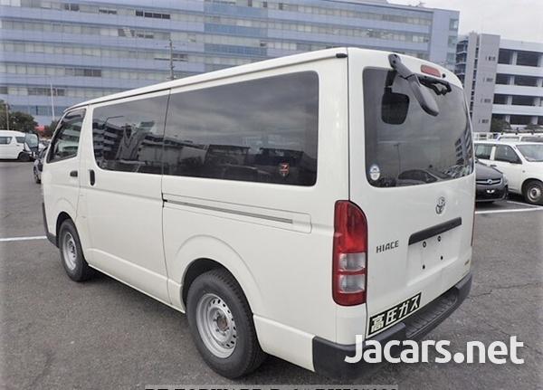 Toyota Hiace 2,0L 2016-4