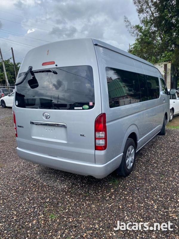 Toyota Hiace 2,7L 2017-3