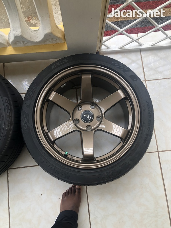 JNC 17s and tyre-1