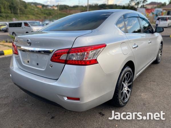 Nissan Sylphy 1,5L 2013-8