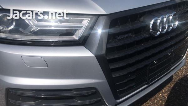 Audi Q7 3,0L 2018-3