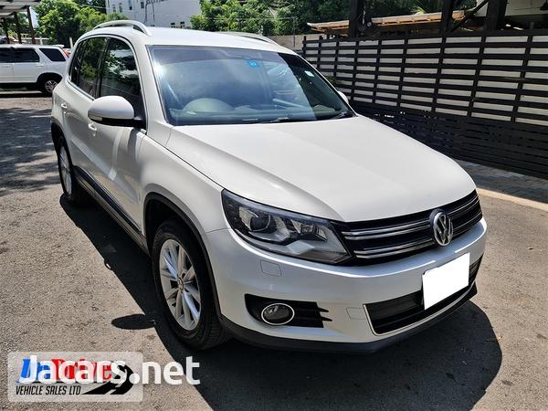 Volkswagen Tiguan 1,9L 2013-1