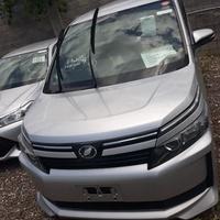 Toyota Voxy 2,0L 2014
