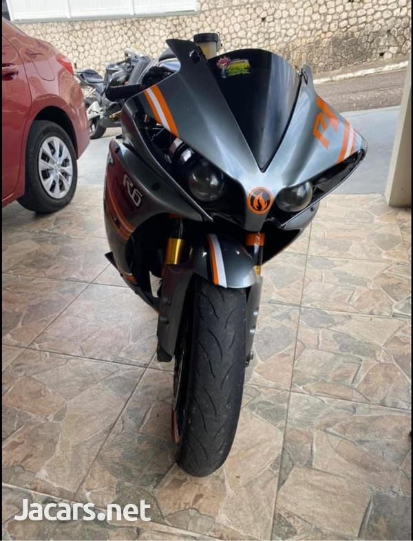 2010 R1 1000-1