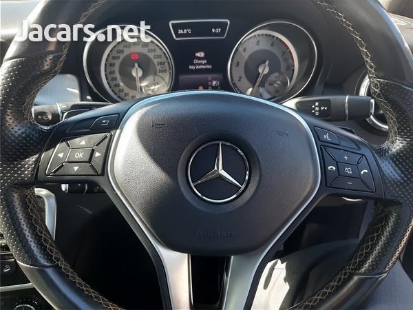 Mercedes-Benz GLA-Class 2,0L 2015-9