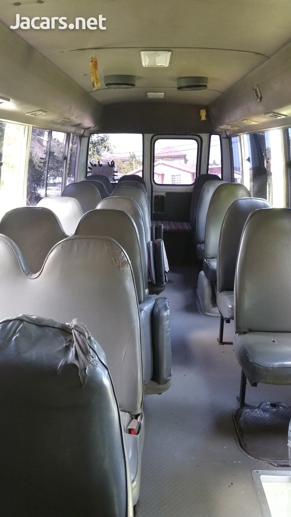 Toyota Coaster Bus 2004-5