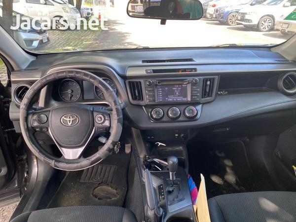 Toyota RAV4 2,5L 2017-4