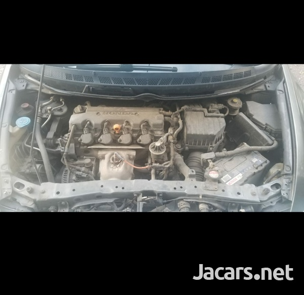 Honda Civic 1,8L 2009-4