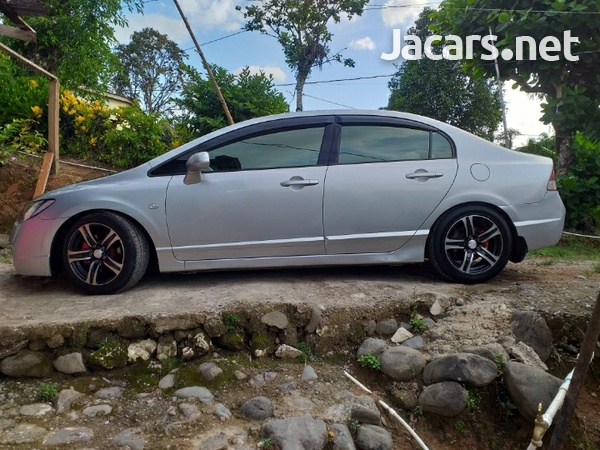 Honda Civic 1,8L 2007-1
