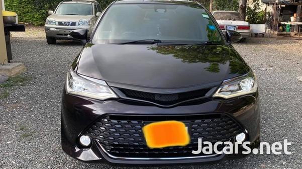 Toyota Axio 1,5L 2017-10