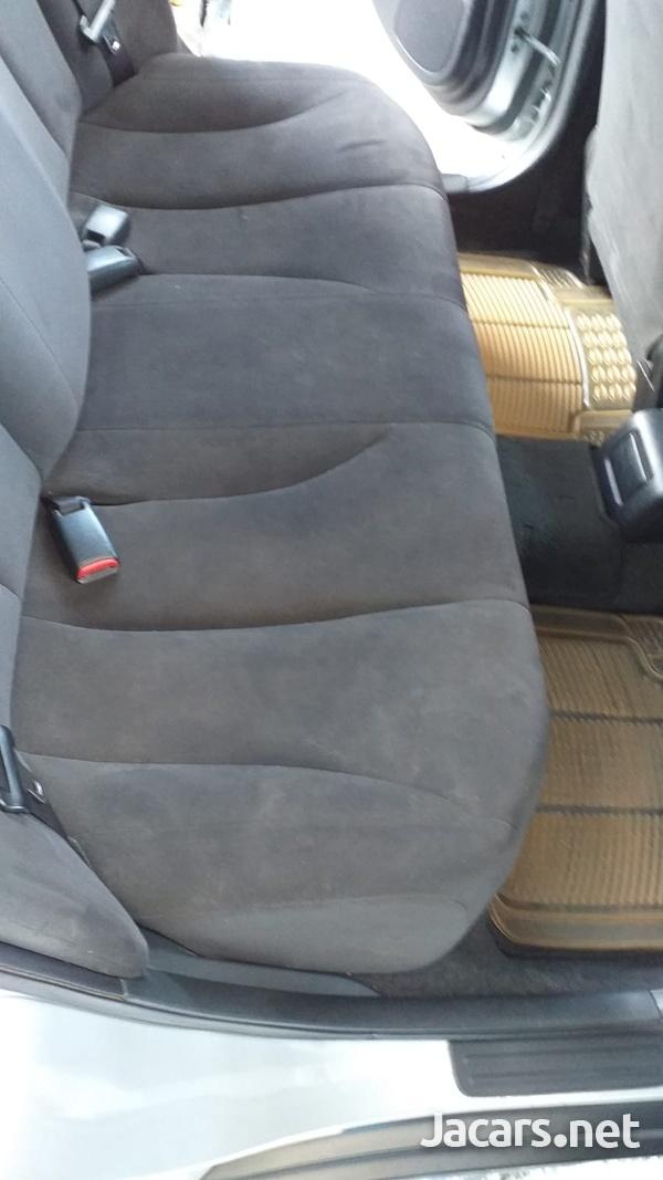 Nissan Tiida 1,5L 2012-9