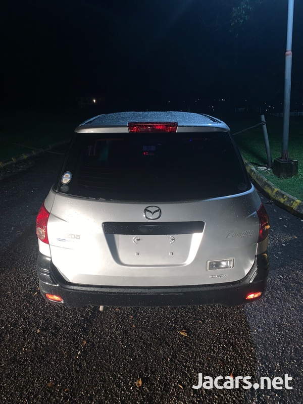Mazda Familia 1,5L 2011-2