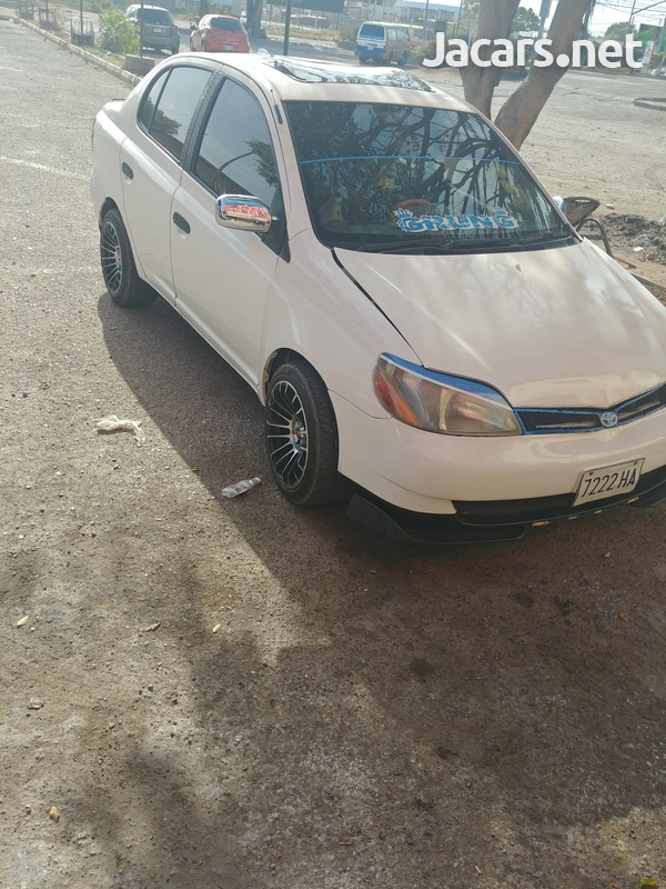 Toyota Yaris 1,0L 2002-1