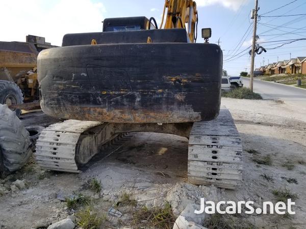 2001 JCB EXCAVATOR-1