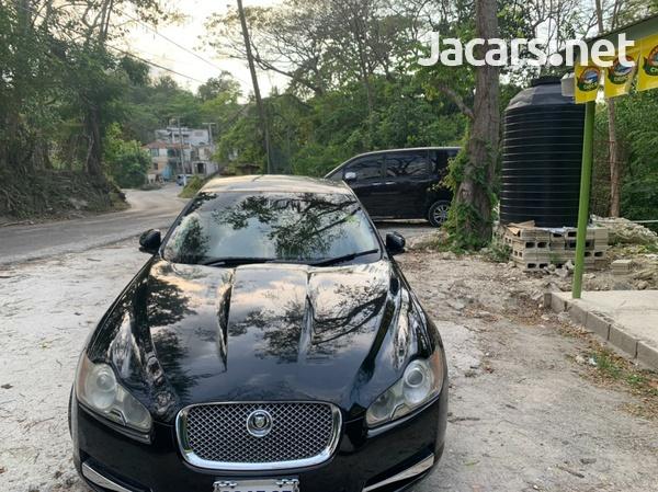 Jaguar XF 2,0L 2010-3