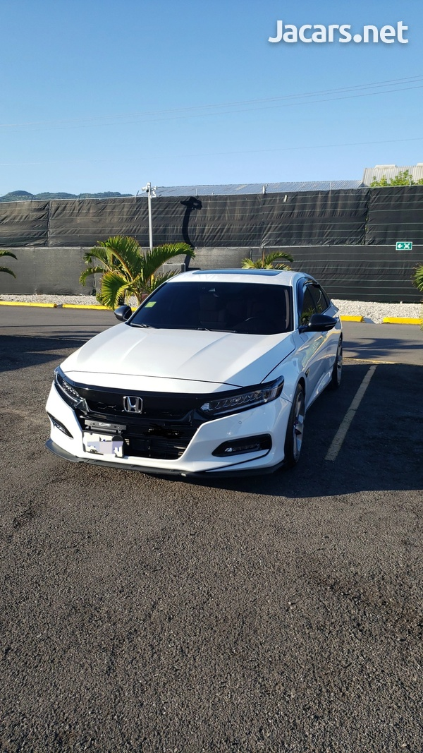 Honda Accord 2,0L 2019-1
