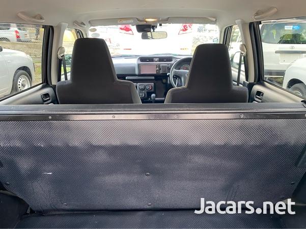 Toyota Succeed 1,5L 2017-8