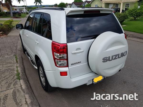 Suzuki Grand Vitara 2,0L 2010-5